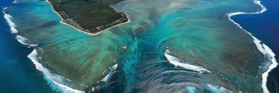 http://gody.vn/blog/tramanh.trieu942986/post/di-tim-loi-giai-dap-cho-thac-nuoc-duoi-bien-bi-an-o-mauritius-673