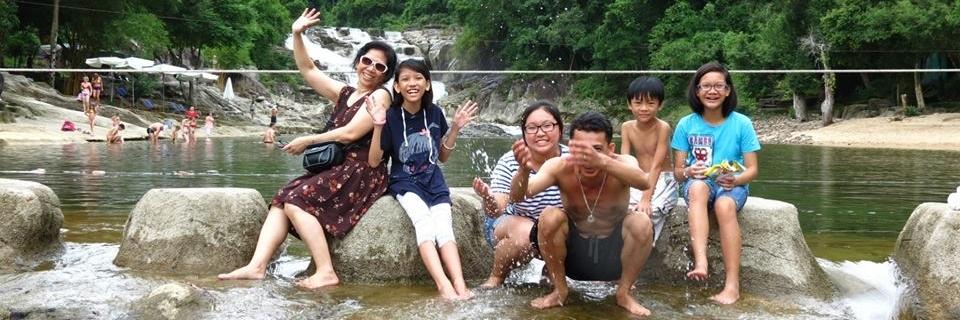 http://gody.vn/blog/tranghui2019493/post/thac-yang-bay-khu-du-lich-sinh-thai-nha-trang-1077